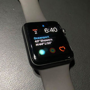 Apple Watch Series 3 (READ DESCRIPTION)